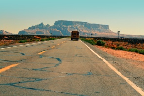 2015-09-Life-of-Pix-free-stock-photos-road-desert-bus-fresonneveld.jpeg